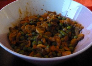 Spiced peas & mushrooms